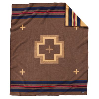 Pendleton Napped Jacquard Robe Whipstitch Blanket