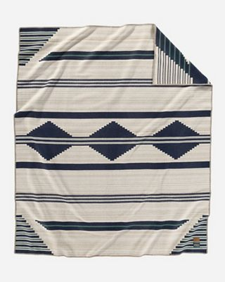 Pendleton Preservation Series Robe Blanket