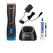 Oster®  Pro 3000iTM Cordless Clipper Powered by Lithium-Ion Battery Technology with #10 Blade image number 4