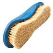 soft grooming brush image number 0