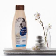 Oster® Oatmeal Essentials Flea & Tick   Shampoo image number 2
