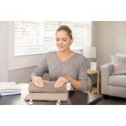King Size Heating Pad with XpressHeat® and Compact Storage image number 5
