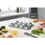 Calphalon Premier Countertop Safe Bakeware 12-Cup Muffin Pan image number 2
