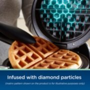 Oster® DiamondForce™ Nonstick Flip Waffle Maker image number 2