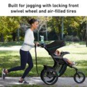 Trax™ Jogging Stroller image number 1