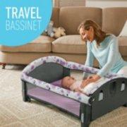 travel bassinet image number 5