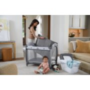 Pack 'n Play® Quick Connect™ Portable Seat DLX Playard featuring Rapid Remove image number 3