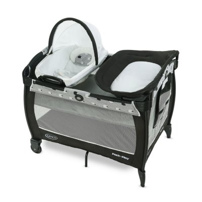 Pack 'n Play® Close2Baby Playard
