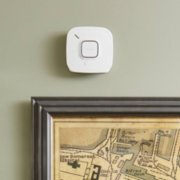 Onelink Smoke and CO alarm on wall image number 3