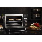 Calphalon Quartz Heat Countertop Oven, Dark Stainless Steel image number 6