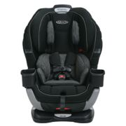 Extend2Fit® 3-in-1 Car Seat featuring TrueShield Technology image number 1