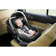 infant car seat image number 2