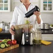 Oster® JūsSimple™ Easy Juice Extractor, 900 Watts image number 2