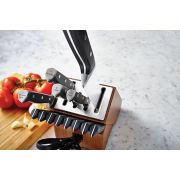 Calphalon Classic Self-Sharpening 15-Piece Cutlery Set image number 9