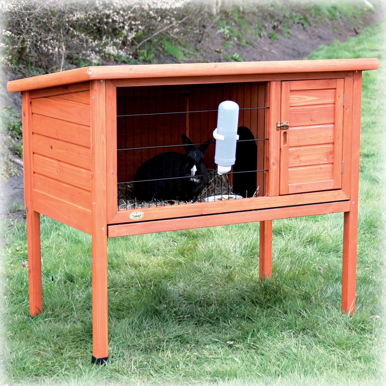 master with outdoor extra hayneedle trixiepetproductsrabbithutchwithoutdoorrun new small trixie product hutches run hutch cfm rabbit