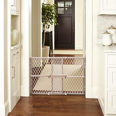 North States Wood Frame Diamond Mesh Pet Gate