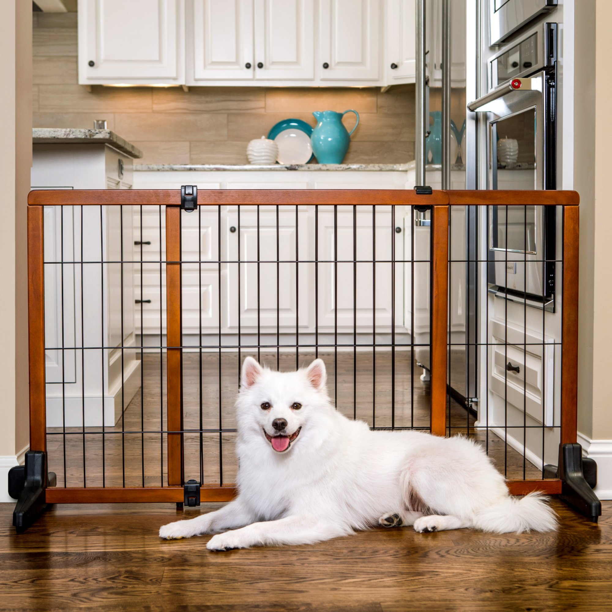 Carlson Freestanding Pet Gate, Large | Petco