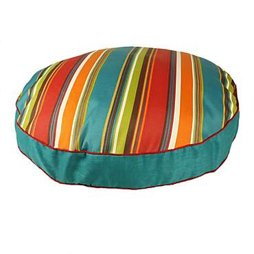 Snoozer Indoor Outdoor Round Dog Bed in Westport Pattern
