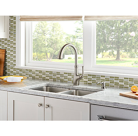 Stainless Steel Vosa 1 Handle Pull Down Kitchen Faucet With Soap Dispenser    F