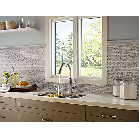 Stainless Steel Pasadena Touch-Free Pull-Down Kitchen Faucet with React™ - F-529-EPDS - 9