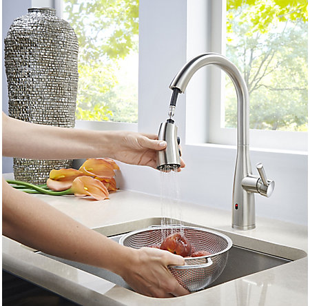 Spot Defense Stainless Steel Raya 1-Handle Electronic Pull-Down Kitchen Faucet with React Technology - F-529-ERYGS - 8