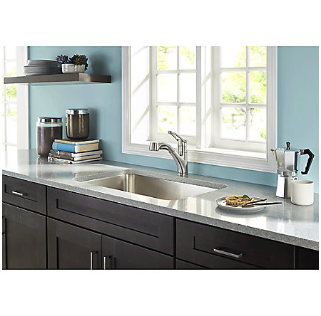 Stainless Steel Prive 1-Handle, Pull-Out Kitchen Faucet - F-534-7PVS - 5