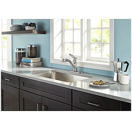 Stainless Steel Prive 1-Handle, Pull-Out Kitchen Faucet - F-534-7PVS - 6