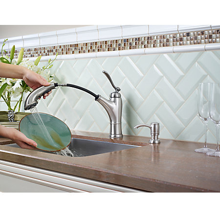 Stainless Steel Glenfield 1-Handle, Pull-Out Kitchen Faucet - F-534-PGFS - 4