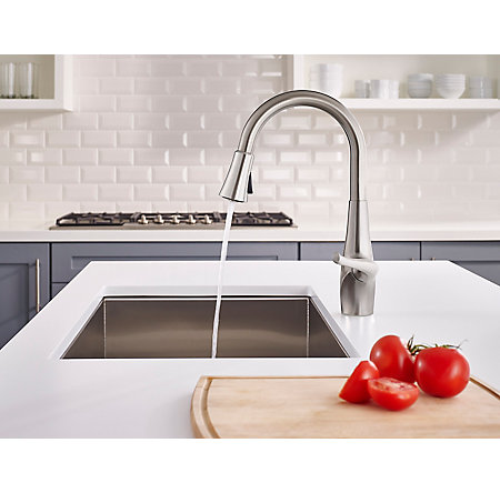 Stainless Steel Clarify with Xtract™ 1-Handle, Pull-Down Kitchen Faucet - F-529-FCYS - 4