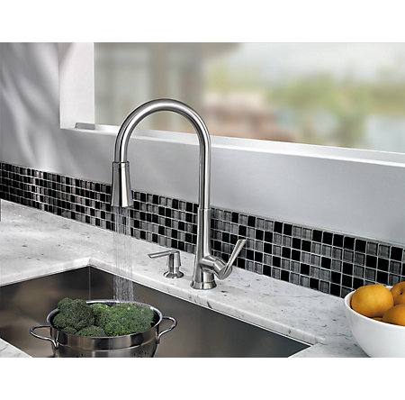 Stainless Steel Mystique 1-Handle, Pull-Down Kitchen Faucet - GT529-MDS - 4