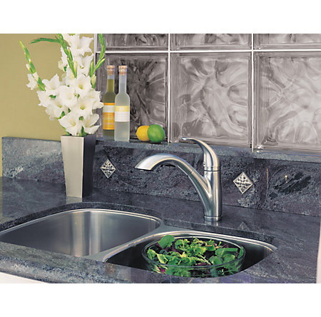 Stainless Steel Parisa 1-Handle, Pull-Out Kitchen Faucet - LG534-7SS - 3