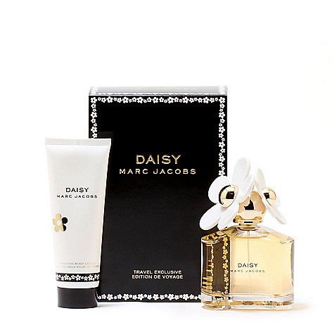 2ce2503fd431 314-775- Marc Jacobs Daisy Eau de Toilette & Body Lotion Set