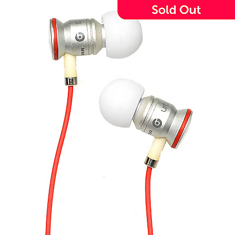 Beats by Dr. Dre UrBeats White Earphones w  Seven Pairs of Earbuds ... d8abfa359