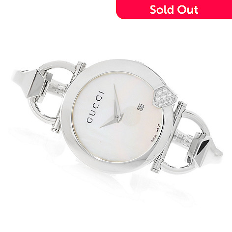 5cd405cf38e Gucci Women s Chiodo Swiss Made 0.21ctw Diamond Mother-of-Pearl ...