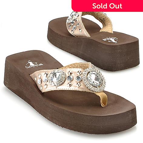 eec064ea5453f 713-147- Corkys Rhinestone   Stud Detailed Thong Sandals