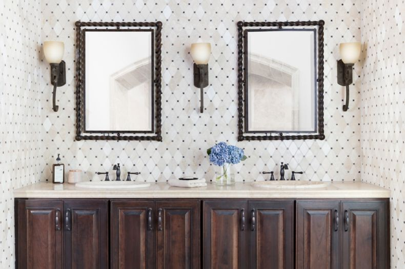 Eggshell White Triangular Tile Wash Area