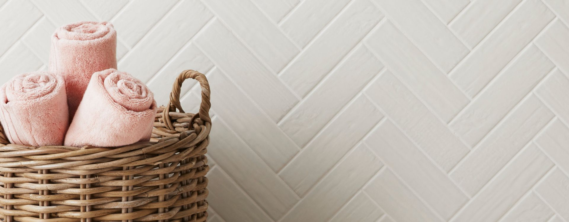 Cream and grey laundry room tile.