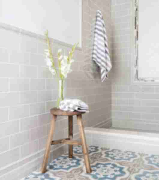 Encaustic Imperial Blue and Brown patterned Square Tile Shower Area