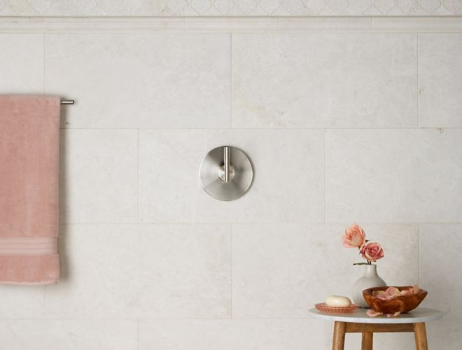 Ivory White Tile Shower Vignettes