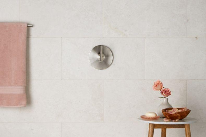Ivory White Tile Shower