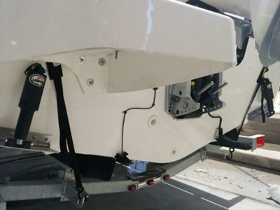 Electric trim tabs with indicators