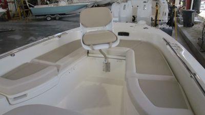 Seating - bow pedestal fishing seat