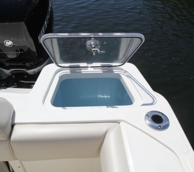 Livewell - 17 gallons - port aft