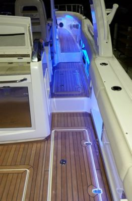 Flooring - cockpit flooring - teak wood