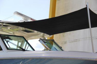 Sunshade at bow