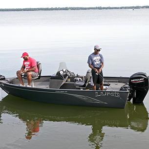 1650-Angler-SS-Fishing