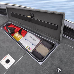 202-Pro-V-GL-Bow-Deck-Starboard-Storage-Compartment-Open