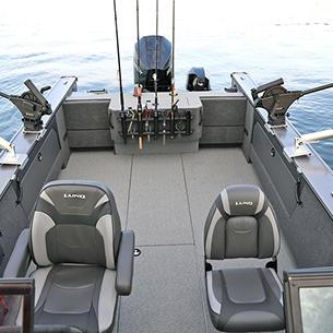 2075 Fisherman Cockpit