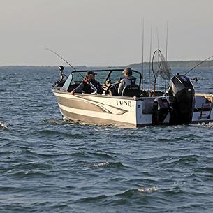 2075 Fisherman Troll