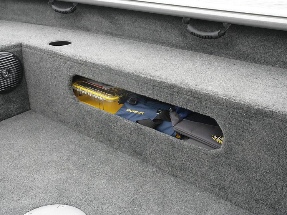 2075-Pro-Guide-Starboard-Storage-Compartment
